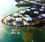 Gulfpointe II Luxury Condo - heated pool, fishing, dockage, sunset water views