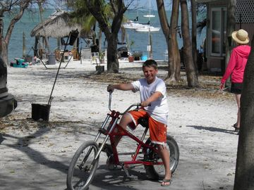 Free bicycles to use to tour the lovely places of Key Largo and the Florida Keys