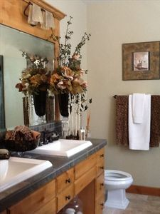 Master Bath - 2 sinks, tub with jets, separate shower, slate tile, luxury linens