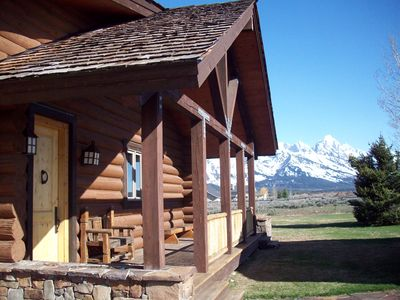 Jackson Hole house rental - Front with Grand Teton