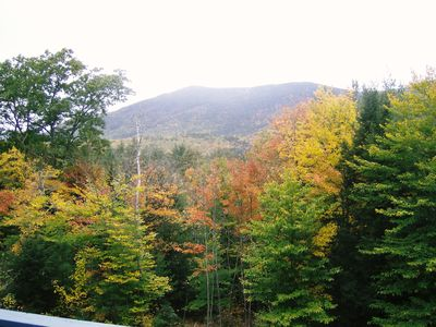North Conway chalet rental - View the Fall from the rear deck