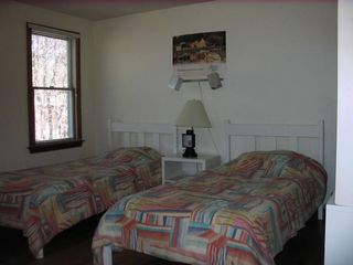 Eastham house photo - First Floor Twin Bedroom