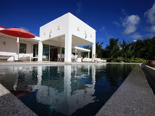 Terres Basses villa photo - exterior