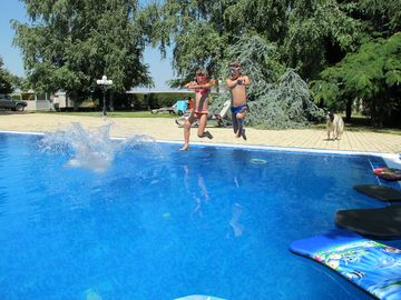 Varna villa rental - swimming pool 12m.