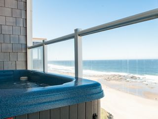 Lincoln City condo photo - Relax in Your Private Oceanfront Hot Tub