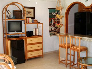 Puerto Morelos condo photo - Bienvenidos! Welcome, please come in and take a tour.