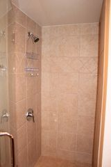 Vail townhome photo - Granite and Tile Shower in 2nd Bedroom