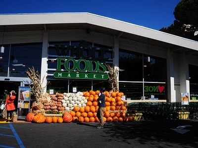 3 blocks from us groceries, deli, salad bar, organic vegies & more @ Whole Foods