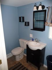 Arrowhead Lake house photo - Half bath