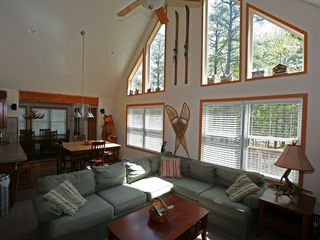 Towamensing Trails chalet photo - Open Floor Plan with Great Room, Kitchen, Nook and Dining Room