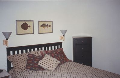 Second Bedroom - Queen