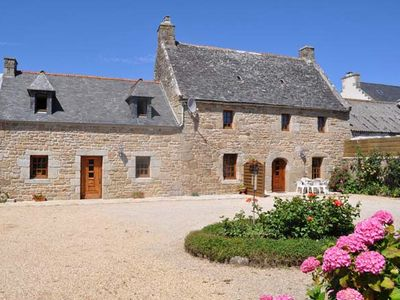 Typical Breton character cottage, 6 people, 3km from the sea