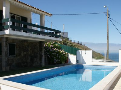 House with 3 bedrooms with fantastic sea view, located near Sintra