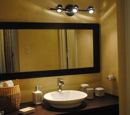 Isla Verde apartment photo - Newly furnished bathroom.