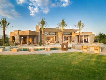 9 Bedroom Vacation Rentals. 5 star vacation rental in camps bay with ...
