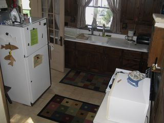 Simple kitchen - Alton house vacation rental photo