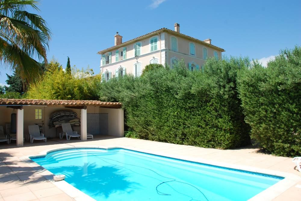 House, 40 square meters, with pool
