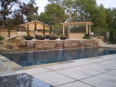 Solvang house rental - Salt water pool with waterfalls, rock slide and diving rock. Spa on upper deck.