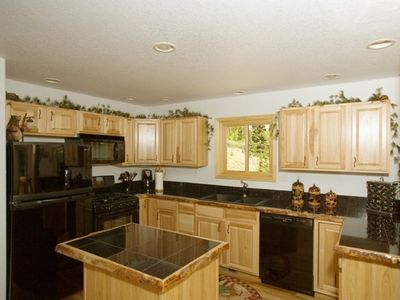 Gourmet Kitchen With Everything You Need To Whip Up A Home Cooked Meal!