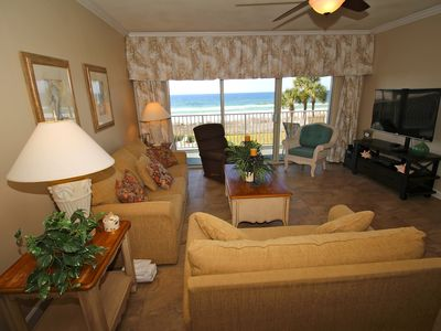 Coral Reef 2nd Floor 4 Bedroom/3 Bath Spring Specials