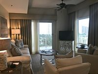 Beautiful Two-Bedroom Luau Suite - Amenities and Shuttle Included.