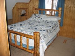 Gaylord chalet photo - Dbl. with pull out dbl. trundle