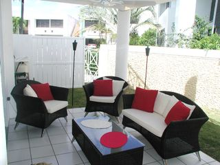 Dorado house photo - Patio furniture by pool