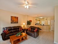 Affordable Luxurious 3 Bedroom Townhouse Less Than 10Minutes From Disney