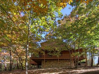 Pigeon Forge cabin photo - Wrap around deck allows you to enjoy the natural surroundings!