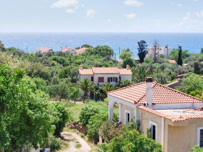 Sunny, 5-bedroom villa with WiFi and spectacular views of the Aegean Sea - 250m from the beach!