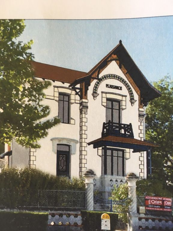Renovated old house 200 meters from the beach.
