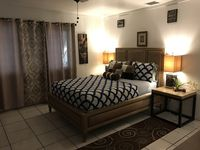 Old Town Suites - 2 Bedroom Suite, 1/2 block from Duval street