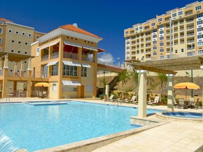 Fajardo condo rental - Infinity pool with Jacuzzi