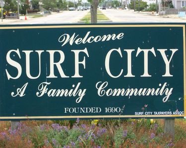 Surf City welcomes you and yours with open arms!