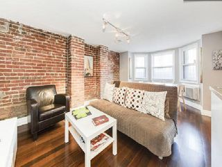 Adams Morgan townhome photo