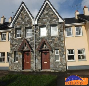 3 bedroom holiday home very convenient to Kenmare town centre