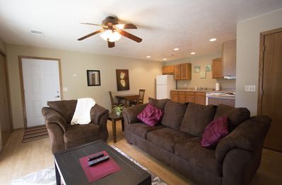 2 Br 2 Bath Fully Furnished Suite Centrally Located In Sioux Falls #6