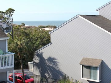 3 Br / 3.5 Ba Gulfview -Immaculate Townhome, WiFi, Dog Friendly