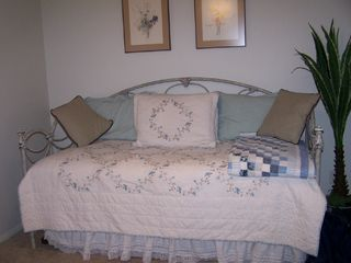 Langley house photo - 2nd bedroom day bed with pullout sleeps 2 exceptional pillow top mattresses