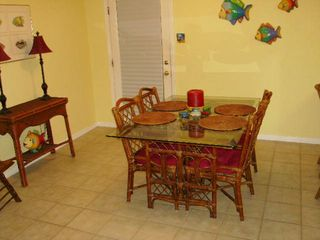 Gulf Shores condo photo - Dining Area table seats 4 plus 2 additional seats at bar