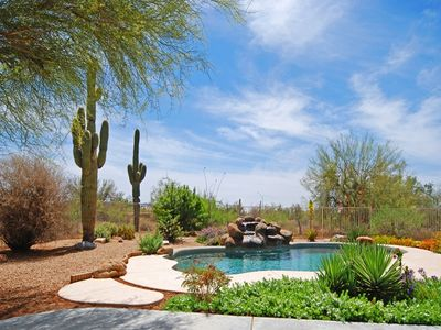 Tranquil desert setting by the pool