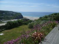 10 minutes walk from a beautiful North Cornish beach with stunning sea views