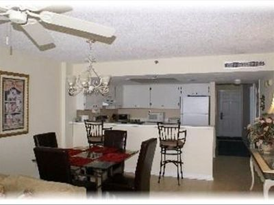 Dining & Kitchen Area