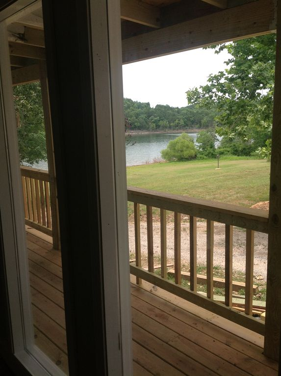Lake & deck view from Queen bedroom.