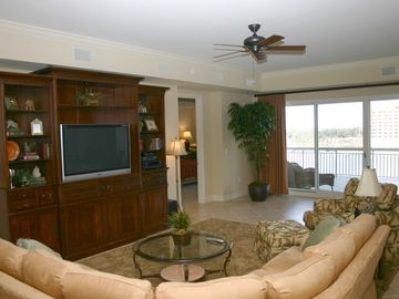 Harbor Landing 203A - Living Area with Flat Screen