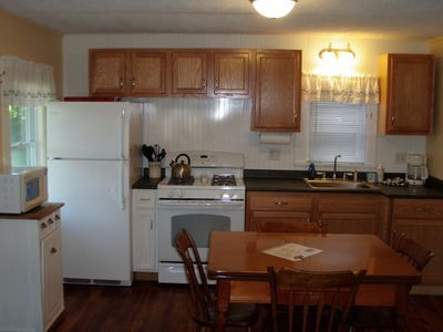 Plattsburgh cottage rental - Kitchen