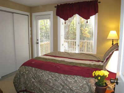 Mountain Lodge Realty Beech Mountain Lodge Queen Room #3