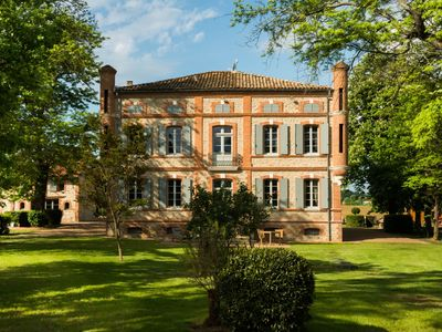 Bastide Turrets for 20 people 40 minutes from Toulouse and Albi