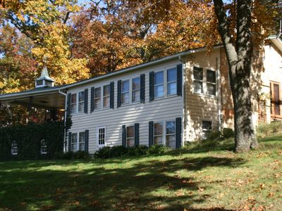 Incredible Home w/Hot Tub, Heated Pool, 10 Minutes from Middleburg & Upperville