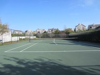Naushop house photo - Community tennis courts